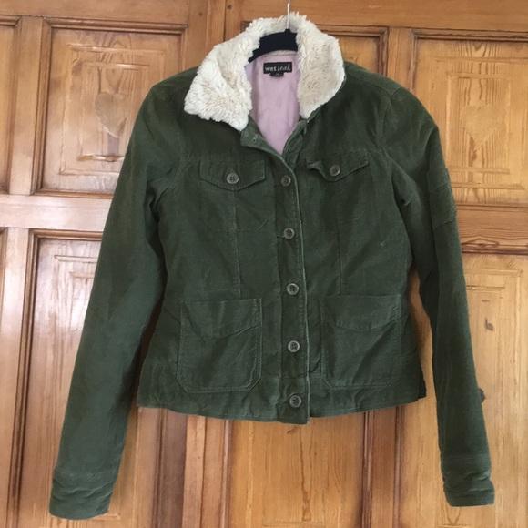 6d610d97e Green corduroy jacket with faux fur collar